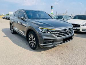 Volkswagen Touareg 2018 рік