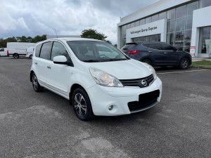 Nissan Note 2011 рік