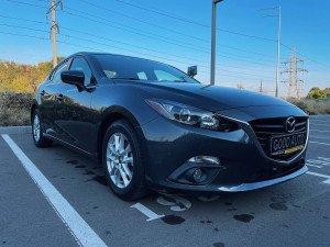 Mazda 3 2015 рік