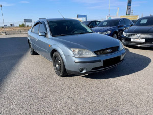 Ford Mondeo 2001 рік
