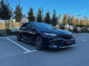 Toyota Camry 2017 рік