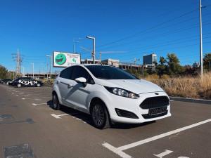 Ford Fiesta 2016 рік