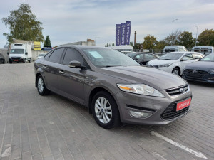 Ford Mondeo 2011 рік