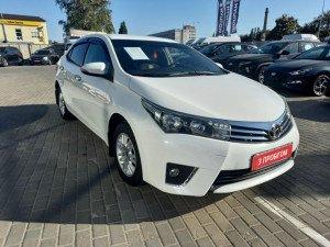Toyota Corolla 2013 рік
