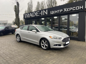 Ford Fusion 2015 рік