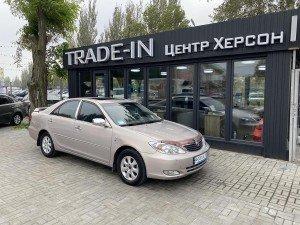 Toyota Camry 2004 рік