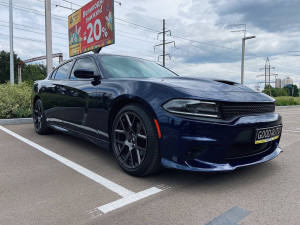 Dodge Charger 2017 рік