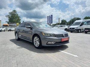Volkswagen Passat B8 2018 рік